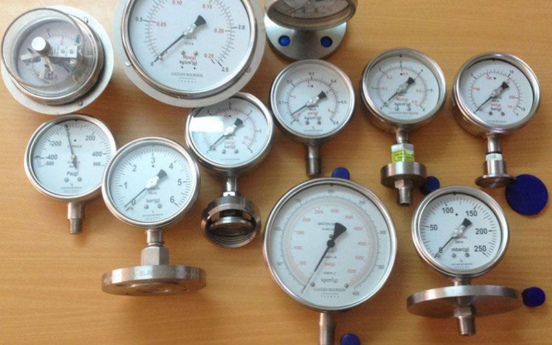 Áp suất được đo bằng thiết bị công nghiệp nào